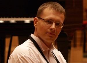 Fortepian postawią przy szkole
