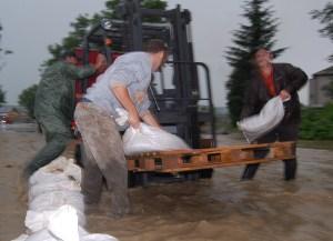 Powódź – Wielopole Skrzyńskie – galeria ZDJĘĆ, relacja VIDEO już dostępna!
