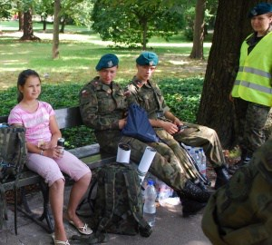 Strzeleckie patrole ratownicze pomagały ludziom w Warszawie