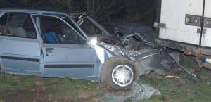 Peugeot wbił się  pod dostawczaka