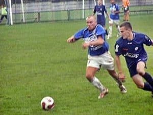 Wyniki ligowe piłki nożnej i siatkówki –  18-22.10.2010.