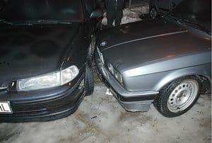 Oddaj auto, kop dół!
