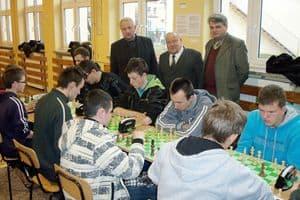 Szachowy turniej szkolny w Sędziszowie Młp.