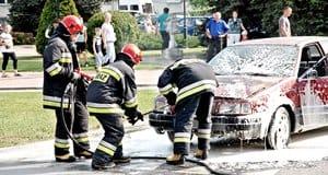 Seria pożarów  w samochodach – galeria ZDJĘĆ