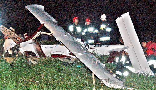 Samolot runął, piloci żyją – galeria ZDJĘĆ