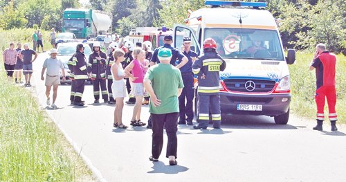 Dachowanie  i śmierć kierowcy, córeczka przeżyła