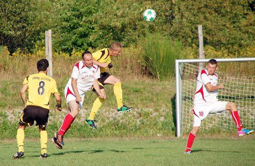 Fotorelacja z meczu LKS Ostrów – Victoria Ocieka (4-0)