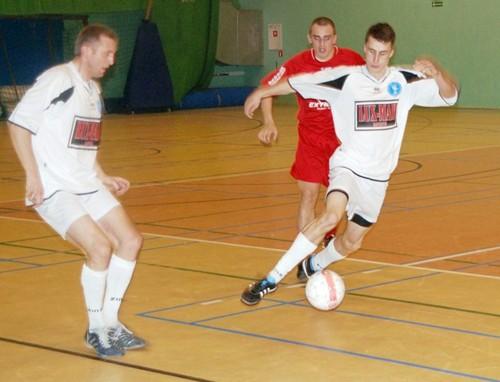 II Powiatowy Turniej Halowej Piłki Nożnej imienia Jerzego Kipy. w Ropczycach – galeria ZDJĘĆ