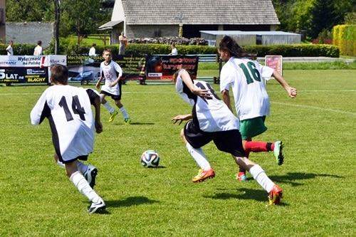 I Wakacyjny Turniej Piłki Nożnej U-14 w Gnojnicy – galeria ZDJĘĆ