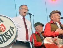 """Burmistrz Sędziszowa śpiewa z kapelą """"Paka Sędzisza"""" – VIDEO"""