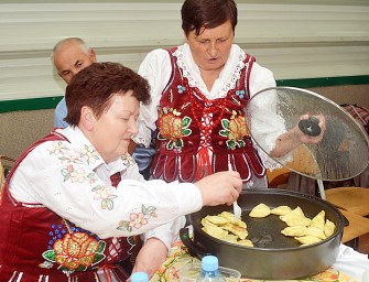 Powiatowy Jarmark Produktów Lokalnych – ZDJĘCIA