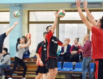 I Amatorski Turniej Siatkówki w Sędziszowie – ZDJĘCIA