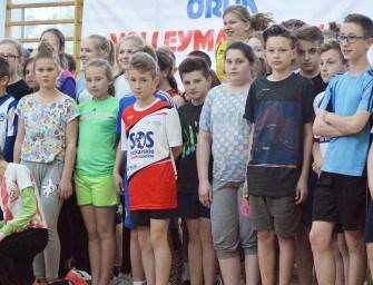 Wojewódzki turniej Orlik Volleymania w Ropczycach – ZDJĘCIA