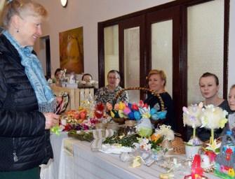 Kiermasz wielkanocny w Sędziszowie Małopolski – ZDJĘCIA