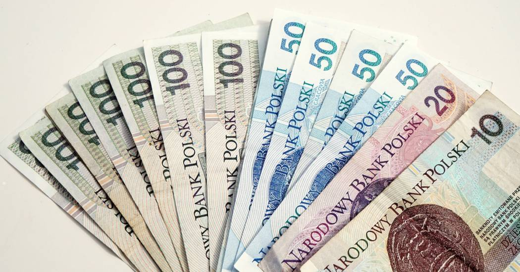 golden-money-business-shopping-paper-wallet-625800-pxhere.com
