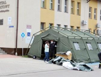 Pacjentów w Sędziszowie badają… w namiocie