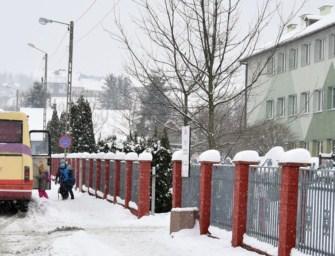 Radość, ulga, ale też i strach. Dzieci z Ropczyc, Sędziszowa i okolic wróciły do szkół